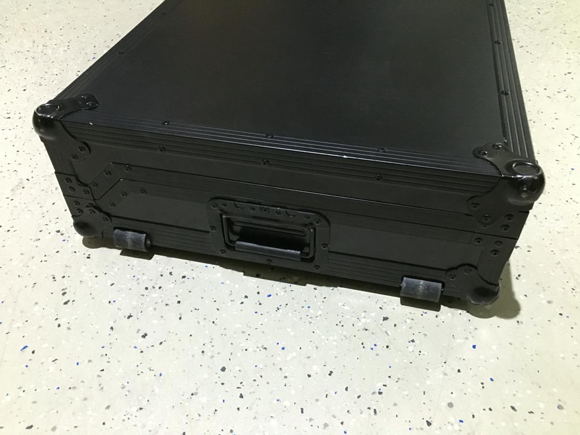 zomo-set-2000-nse-flightcase-fuer-2x-cdj-2000-1000-900-800-1x-djm-800-stockclearing-3.jpg